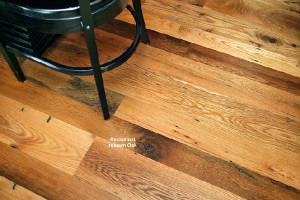 Flooring/reclaimed_resawn_oak.jpeg